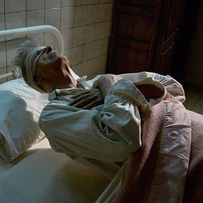 David Bowie, profundamente atormentado en su nuevo videoclip: Lazarus