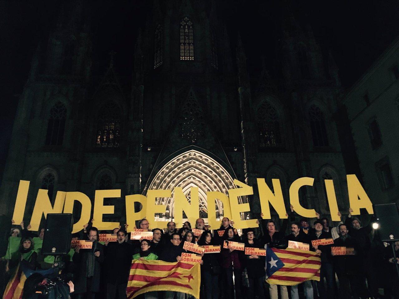 Convocatoria de la ANC en la plaza de la Catedral de Barcelona