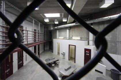 EEUU traslada a Kuwait a un preso de Guantánamo