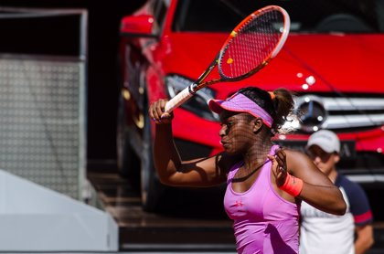 La tenista estadounidense Stephens logra su segundo título en Auckland