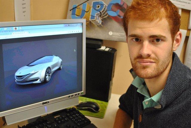 El estudiante de la UPC J.Freixa con su diseño de prototipo