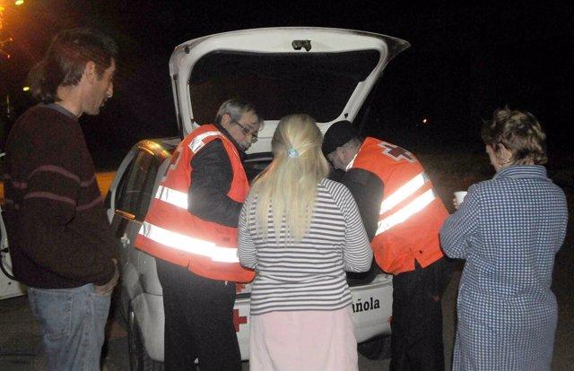 Intervención de Cruz Roja con personas sin hogar de Huelva.