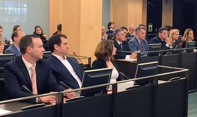 Diputados de Ciudadanos se reúnen en el Congreso