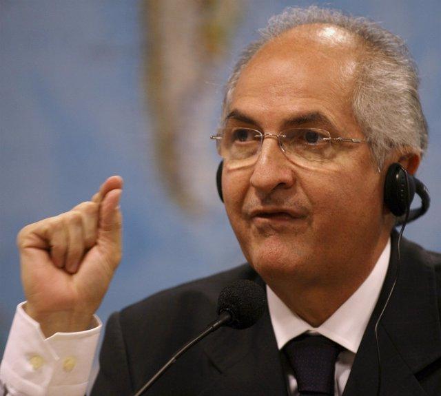 Caracas Mayor Ledezma talks during a hearing at the Brazilian Senate Foreign Rel
