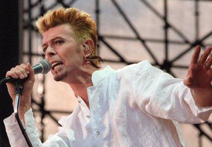 David Bowie rompe el récord de Adele como artista con más visionados en Vevo en un único día