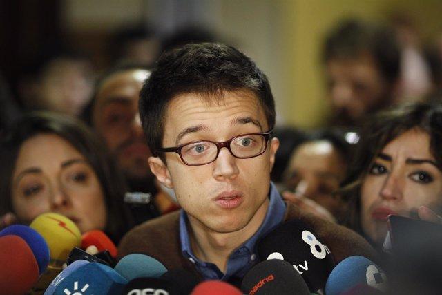 Iñigo Errejón recoge su credencial como diputado en el Congreso