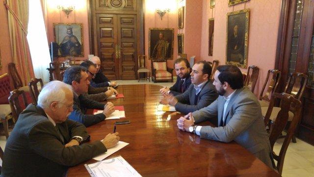 Reunión con Ciudadanos (C's) por el presupuesto municipal de 2016