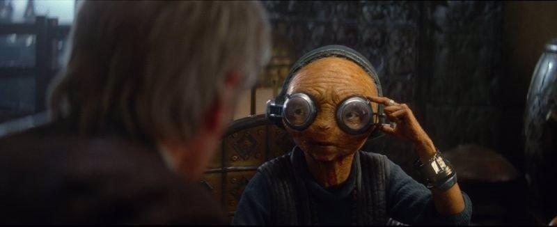 Star Wars 7: Una escena eliminada revela el gran secreto de Maz Kanata