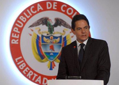 Operan con éxito de un tumor cerebral al vicepresidente de Colombia