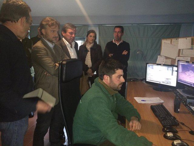 Visita de José Fiscal al Centro de Cría de La Olivilla