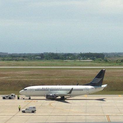 La aerolínea Alas Uruguay realiza su primer vuelo inaugural
