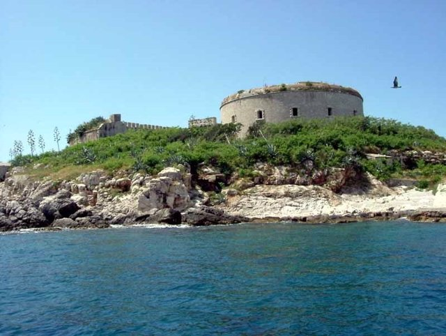 Isla de Mamula, Montenegro