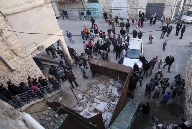 Colonos israelíes ocupan edificios en Hebrón - Enero 2016