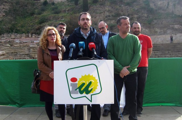 Toni Valero, secretario Organización IULV-CA, y José Antonio Castro