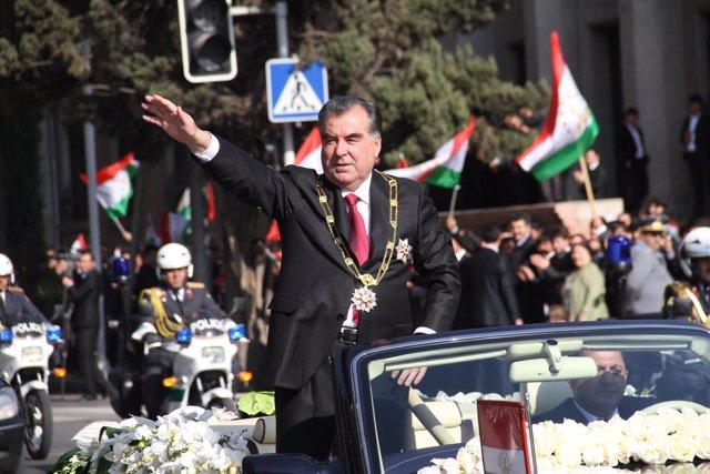 Imomali Rajmon, presidente de Tayikistán