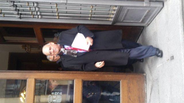 El embajador de Venezuela, Mario Isea