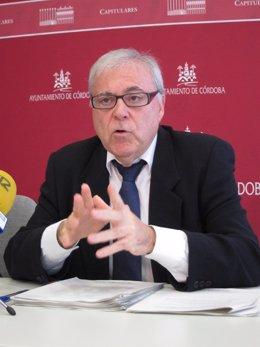 El tercer teniente de alcalde del Ayuntamiento de Córdoba, Emilio Aumente (PSOE)