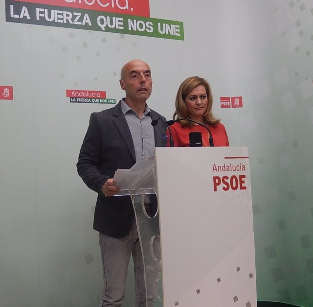 Hurtado y Serrano en la rueda de prensa