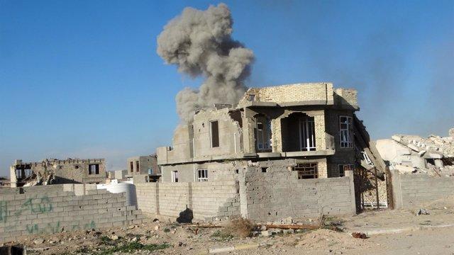 Bombardeo sobre Ramadi