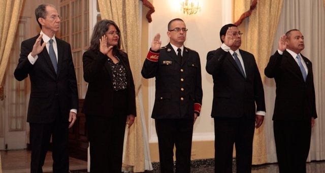 Ministro de El Salvador