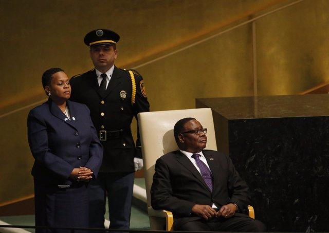 El presidente de Malaui, Arthur Peter Mutharika