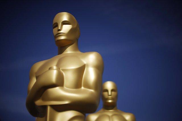 Estatuas de los premios Oscar en Hollywood