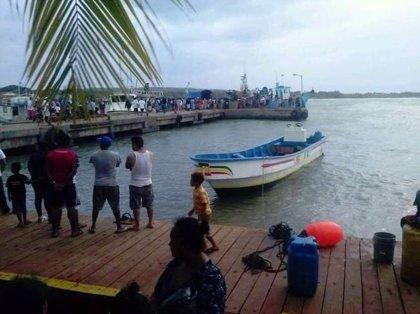Rescatados 21 turistas del barco que naufragó en el Caribe y que ha dejado 13 muertos
