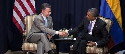 Obama pide a Colombia que resuelva los asesinatos de civiles por parte del Ejército