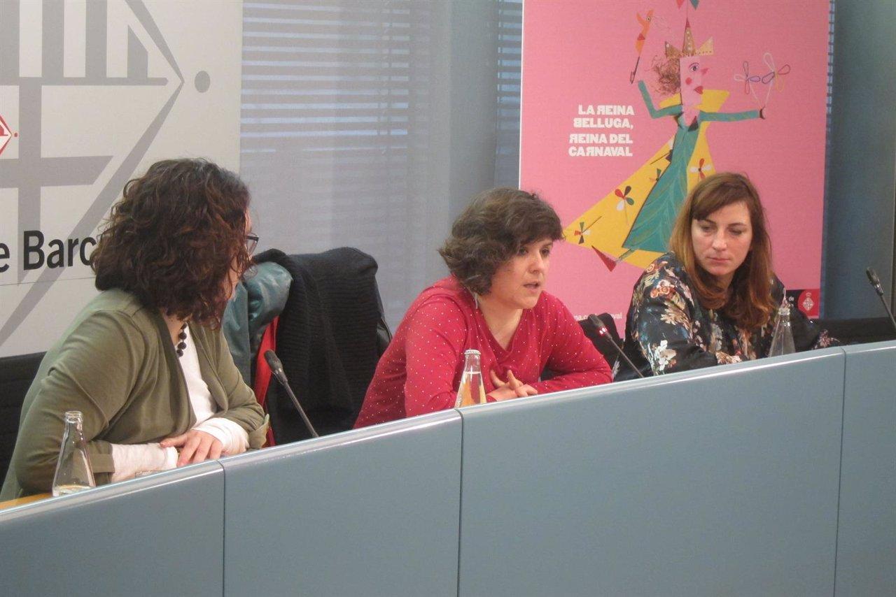 Laura Pérez, Gala Pin y la artista Alba Sarraute, que será la Reina Belluga