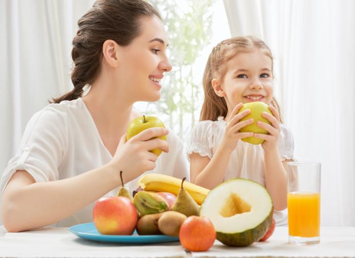 Cómo lograr que los niños coman fruta y verdura