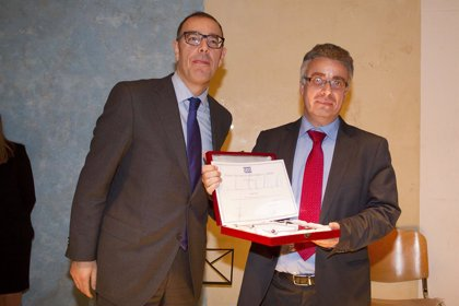 Quirónsalud recibe el premio nacional 2015 'SEIS'