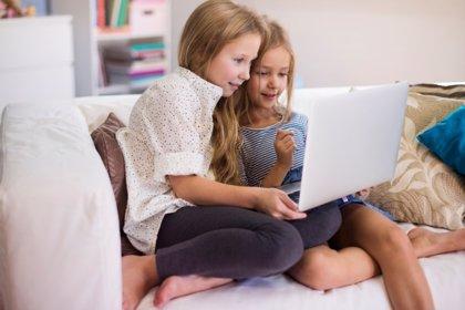Cómo ser legal en Internet: nuevas guías educativas de la AEPD