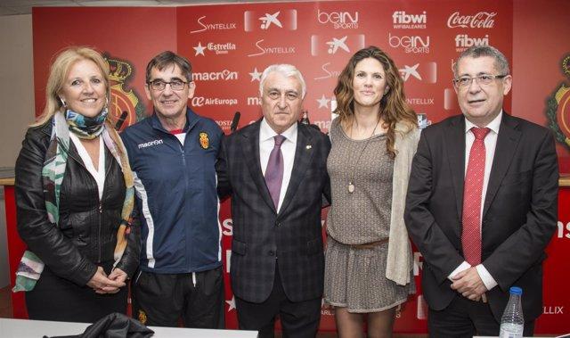 El entrenador del Real Club Deportivo Mallorca se suma al proyecto 'T'en recorde