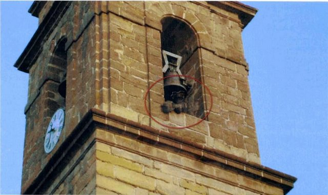 Foto adjuntada por Asanda en la denuncia para mostrar el lanzamiento de la pava.