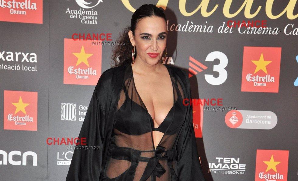 Cámbiame Y Cristina Rodríguez A Lo Pedroche Pero De La Perla