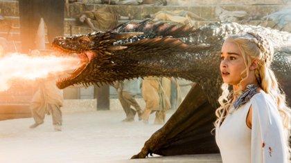 """Emilia Clarke: """"La 6ª temporada de Juego de Tronos casi acaba con todos"""""""