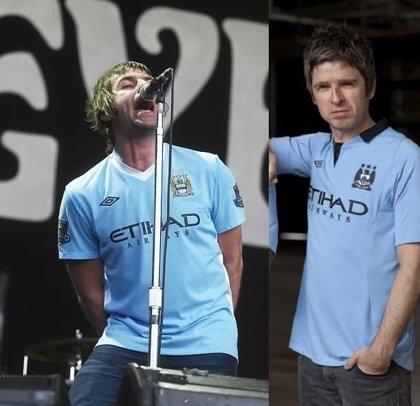 Liam y Noel Gallagher, felices con la llegada de Pep Guardiola al Manchester City