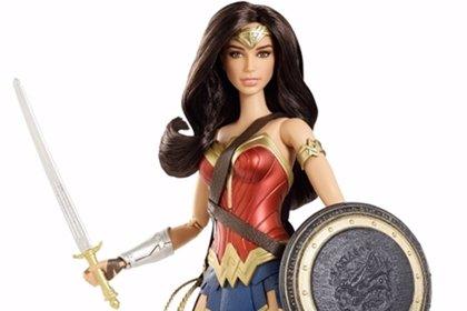 Batman v Superman: Así es la Barbie Wonder Woman