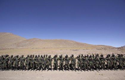 Suspenden a dos militares bolivianos acusados de asesinar a un transportista
