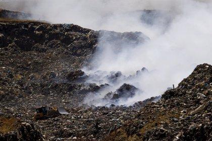 Se reabre parcialmente el vertedero chileno de Santa Marta