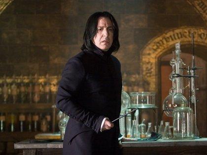 Emotivo tributo de los fans de Harry Potter a Alan Rickman