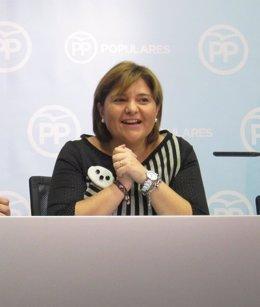 Isabel Bonig en una rueda de prensa