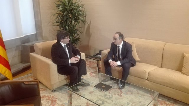 El president Carles Puigdemont reunido con Jordi Turull (JxSí)