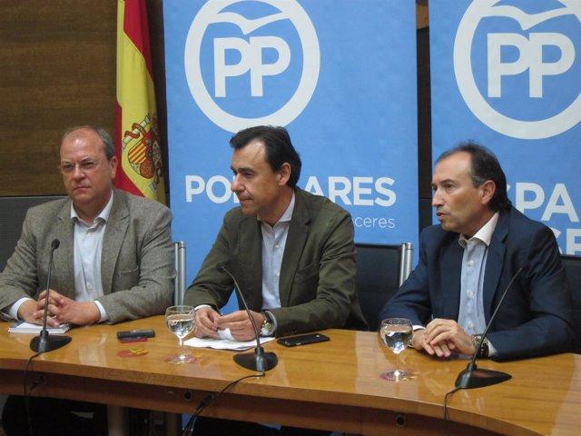 Martínez-Maillo, Monago y León, en Cáceres