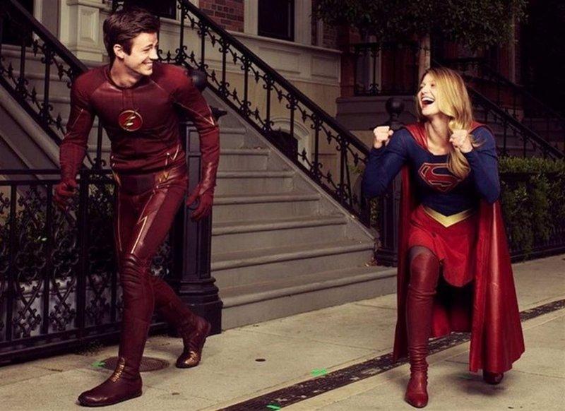 Primeras imágenes del crossover entre The Flash y Supergirl