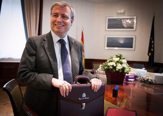 Jordi Xuclá presenta su credencial como diputado del Congreso