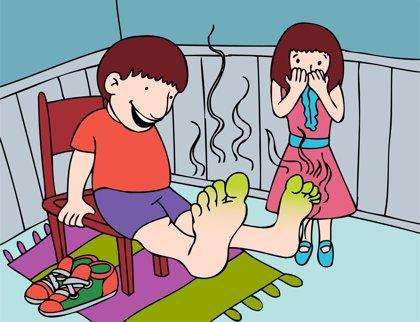 ¿Qué causa el mal olor de pies?