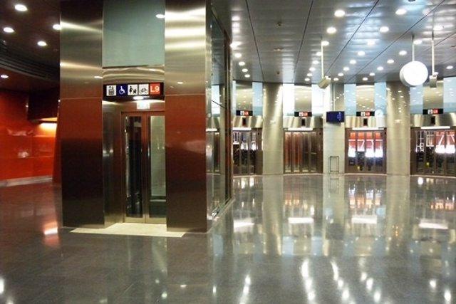 Estación Santa Rosa. L9 de Metro de Barcelona