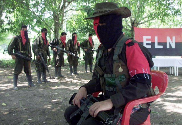 Guerrilleros del ELN colombiano