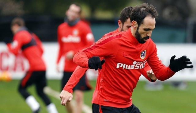 Juanfran Torres entrenamiento Atlético